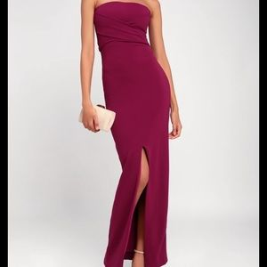 """Lulus """"Own the Night"""" strapless berry gown - NWT"""